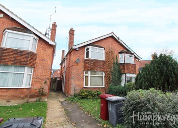 Thumbnail 4 bed property to rent in Eastern Avenue, Reading