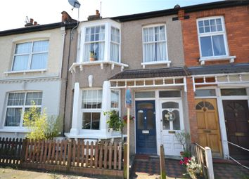 2 bed maisonette for sale in Grange Avenue, North Finchley, London N12