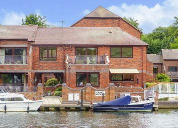 Thumbnail 2 bed property for sale in Marlow Bridge Lane, Marlow