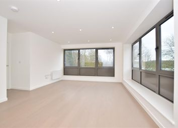 1 bed flat for sale in Hubert Road, Brentwood, Essex CM14