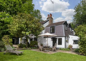 4 bed property for sale in Vale Of Health, London NW3