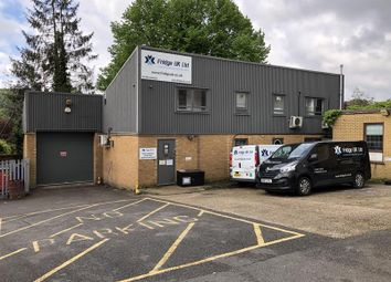 Light industrial to let in 22 Queens Road, High Wycombe, Buckinghamshire HP13