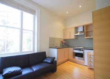 Thumbnail Studio to rent in Buckland Crescent, London