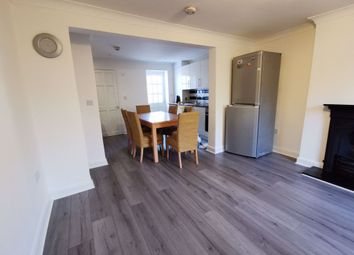 3 bed property to rent in Cockfosters Road, Cockfosters, Barnet EN4