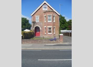 Thumbnail 2 bed flat to rent in Sandbanks Road, Poole