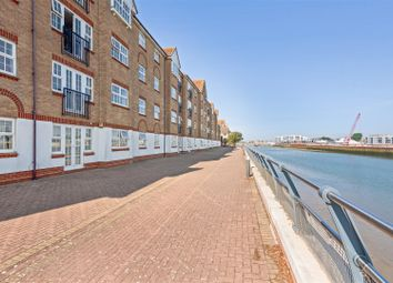 Thumbnail 2 bed flat for sale in Anchor Close, Shoreham-By-Sea