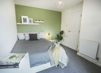 4 bed terraced house to rent in Lawns Wood, Telford, Shropshire TF3