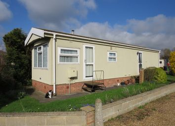 Thumbnail 2 bed mobile/park home to rent in Waveney Residential Park, Beccles, Suffolk