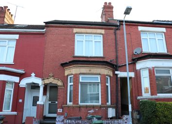 Thumbnail 3 bed terraced house to rent in Colin Road, Luton