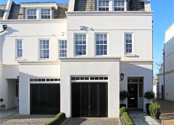 Thumbnail 4 bed property for sale in Sovereign Mews, Ascot, Berkshire