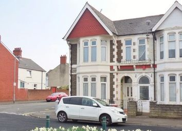 Thumbnail 2 bedroom maisonette to rent in Merches Gardens, Grangetown, Cardiff