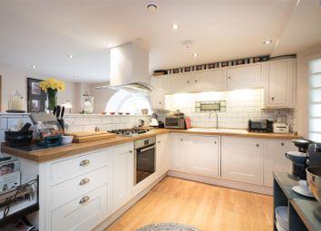 2 bed maisonette for sale in Kensington Chapel, Kensington Place, Bath BA1