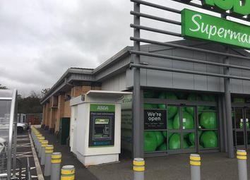 Thumbnail Retail premises to let in Towngate, Wyke, Bradford