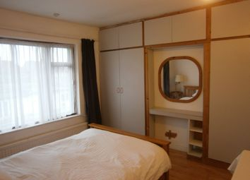 Thumbnail Room to rent in St Margarets Avenue, Harrow