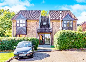 Thumbnail Studio for sale in Milford Close, St.Albans
