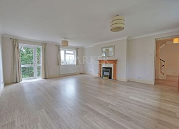 Thumbnail 4 bedroom detached house to rent in Barnards Hill, Marlow