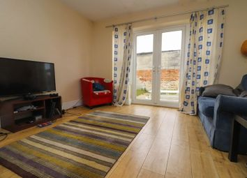 5 bed detached house to rent in Morris Road, Southampton SO15