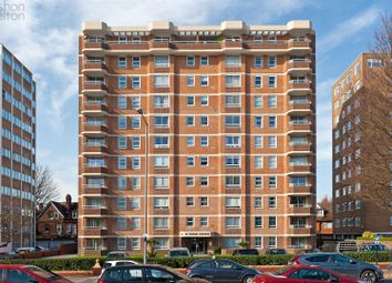 Thumbnail 3 bed flat for sale in Grand Avenue, Hove