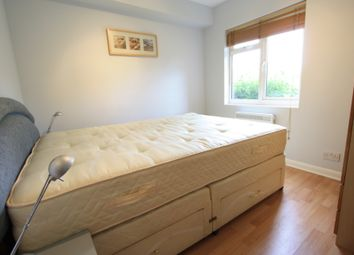 Thumbnail 1 bed flat to rent in Sutherland Drive, Colliers Wood