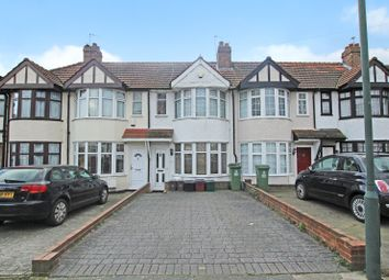 Thumbnail 2 bed detached house for sale in Lyndon Avenue, Sidcup, Kent