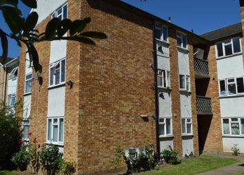 Thumbnail 2 bed flat to rent in Edgeworth Road, Barnet, Barnet, London