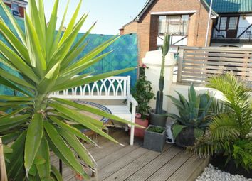 Thumbnail 1 bed flat for sale in Queens Park Road, Brighton