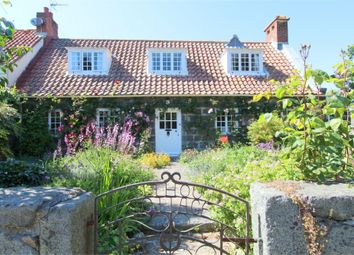 Thumbnail 4 bed cottage for sale in Le Lihou Cottage, Route De Lihou, St Pierre Du Bois