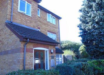 Thumbnail Studio to rent in Laburnum Close, London