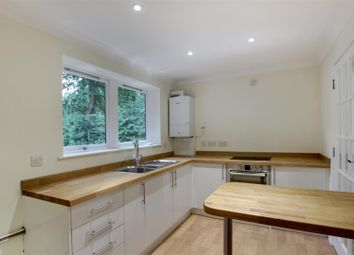 Thumbnail 2 bedroom flat to rent in Pine Trees, Hassocks