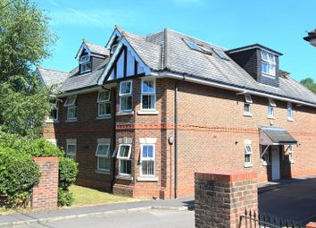 Thumbnail 2 bed flat to rent in The Green, Theale, Reading