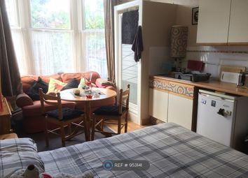 Room to rent in Belmont Road, St. Andrews, Bristol BS6