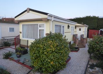 2 bed mobile/park home for sale in Blue Sky Close, Bradwell, Great Yarmouth, Norfolk NR31