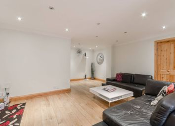 4 bed property for sale in Uphall Road, Ilford IG1