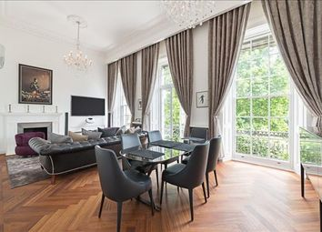 Thumbnail 5 bed flat to rent in Hyde Park Gardens, London