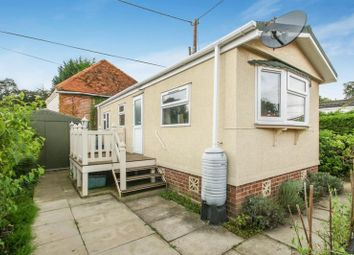 Thumbnail 1 bed mobile/park home for sale in Westhorpe Park, Westhorpe, Marlow