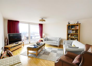Thumbnail 3 bedroom flat to rent in Holland Gardens, Brentford
