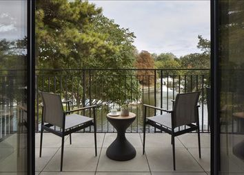 Thumbnail 3 bed flat to rent in Carlton House, Teddington, Surrey