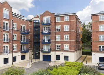 Thumbnail 3 bed flat for sale in Carisbrooke Road, Leeds, West Yorkshire