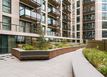 Thumbnail 2 bed flat to rent in Handyside Street, London