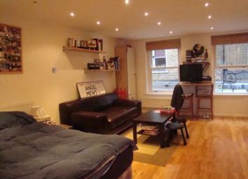 Thumbnail Studio to rent in Camden Passage, London
