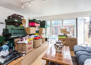 Thumbnail 3 bedroom maisonette for sale in Kings Close, London