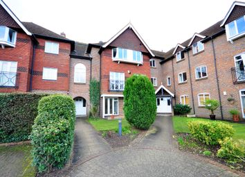 Thumbnail 2 bedroom flat to rent in Ockford Road, Godalming