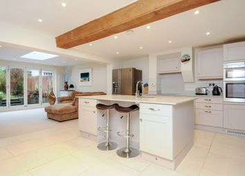 Thumbnail 3 bed cottage to rent in Lower Road, Cookham, Maidenhead