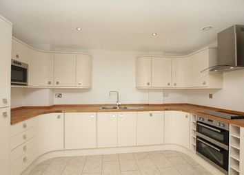 Thumbnail 4 bed town house to rent in Riverdale Road, Endcliffe Park