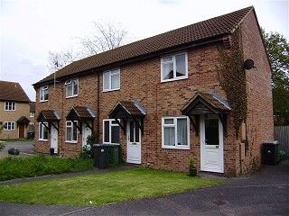 Thumbnail 1 bed semi-detached house to rent in Golding Close, Thatcham