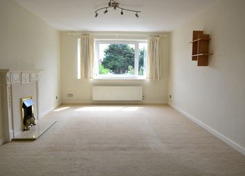 Thumbnail 1 bed flat to rent in Cromwell Road, Hove
