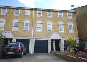 Thumbnail 1 bed terraced house to rent in Vicarage Drive, Beckenham, Kent