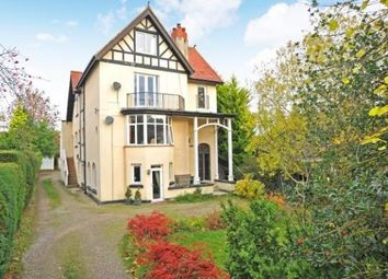 2 bed flat to rent in Cornwall Road, Harrogate HG1