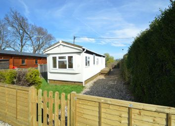 Thumbnail 1 bedroom mobile/park home for sale in Grovelands Avenue, Winnersh