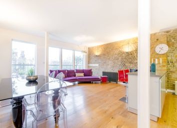 Thumbnail 2 bed flat to rent in Weller Street, Borough
